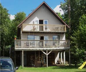 Highlandbreeze on Blue hawk lake, a slice of heaven, Booking summer rentals, Haliburton/Gooderham