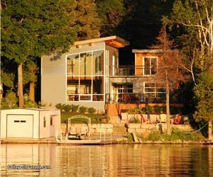 Breeze Haven Cottage located in Chesley Lake Camp