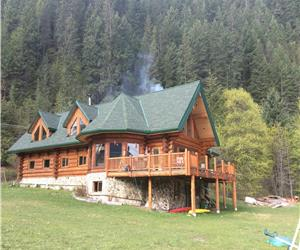 Lardeau Bay Lodge on Kootenay Lake