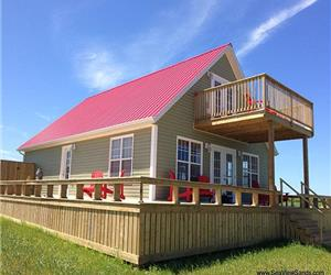 SeaView Sands Beach Residence - Quality Executive Cottage in SeaView, PEI. Incredible beach.