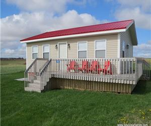 SeaView Sands Beach Cabin - Quality Executive Cottage in SeaView, PEI. Incredible beach.