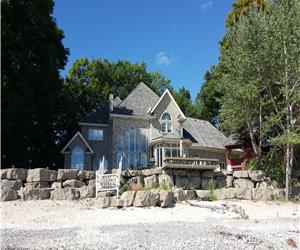 Villa for Rent in Port Colborne