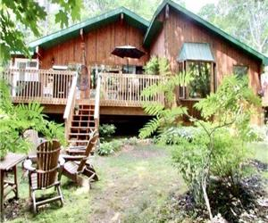 Stunning Modern Rustic Cottage, April - October, Internet, Two Bunkies, Sleeps 8-16, Dogs Welcome.