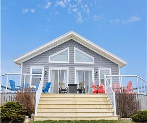 Basinview Beach House