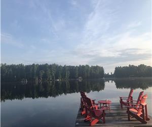King's Landing: Beautiful Muskoka Classic on Lake of Bays