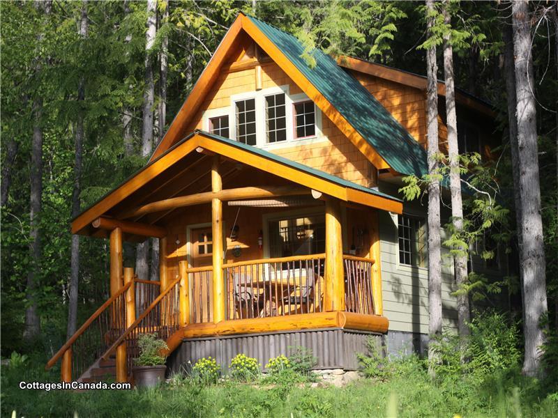 Kootenay Lake Wedgwood Estate Crawford Bay Cottage
