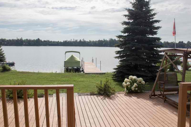 Prime Beaver Lake View Tamworth Cottage Rental Pl 21726 Download Free Architecture Designs Estepponolmadebymaigaardcom