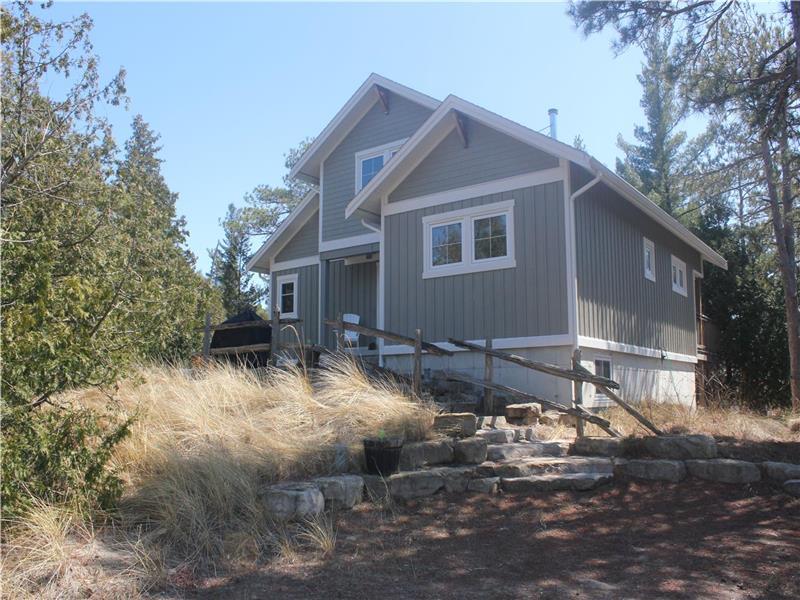 peaceful pines cottage ipperwash ipperwash beach cottage rental rh cottagesincanada com