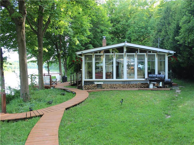 Super Southampton Bruce Peninsula Lake Huron Ontario Cottage Download Free Architecture Designs Momecebritishbridgeorg